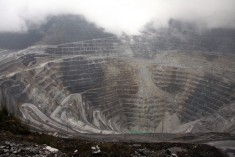 WEST PAPUA: MINING IN AN OCCUPATION FORGOTTEN BY THE WORLD